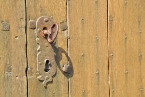 door-lock-401714_1920