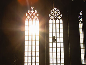light_through_church_windows