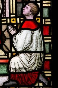 altar-boy-1190759_1920